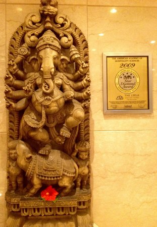 The Leela Mumbai : Ganesh in the hall