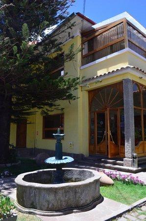 Tierra del Sol Hotel: ingreso al hotel.