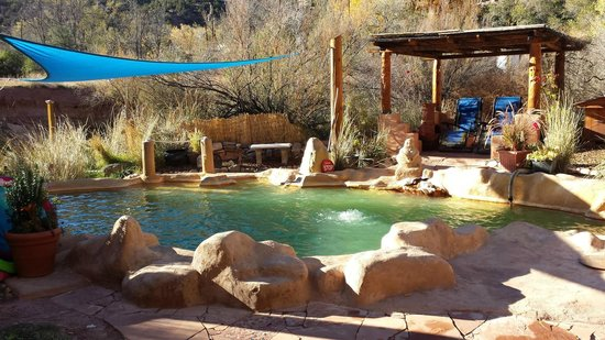 Jemez Hot Springs: Home of The Giggling Springs: Giggling Springs pool