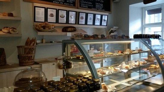 Patisserie David: Superb assortment of pastries