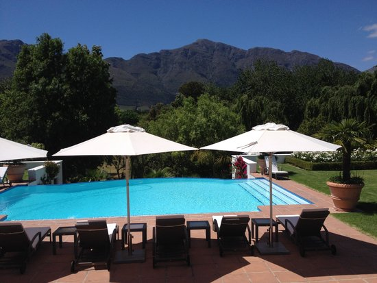 Franschhoek Manor : The incredible mountain view