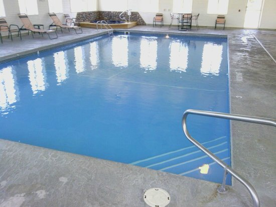Cedarville Lodge: Indoor Heated Pool