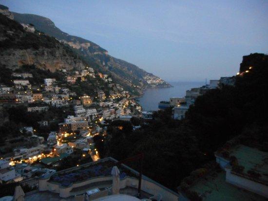 Hotel Royal Positano: Positano, vue en soirée