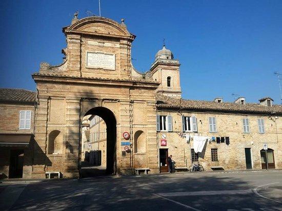 Servigliano Porta Navarra