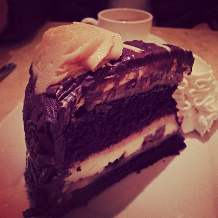 The Cheesecake Factory : Cheesecake de Reeses! OMG!