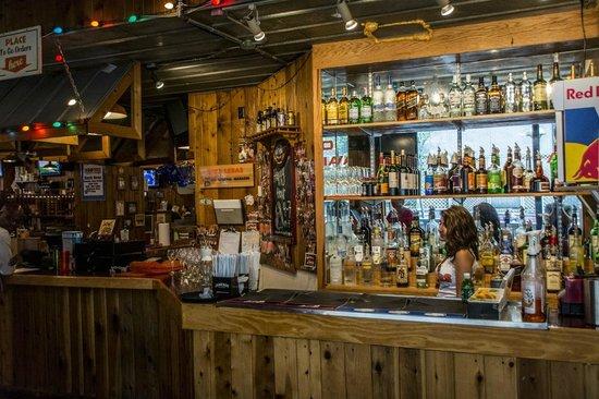 Hooters of Manhattan: The bar