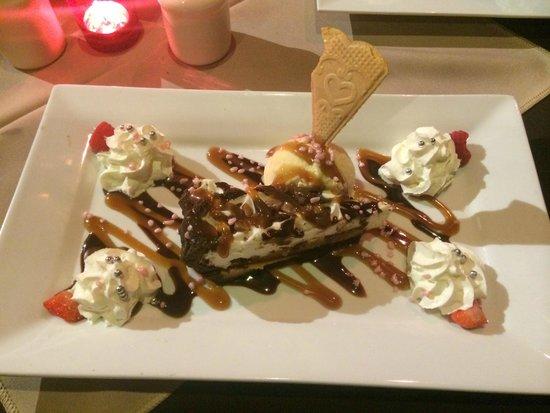 Calico Jack Restaurant & Bar: Toffee Crunch Pie