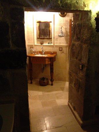 Koza Cave Hotel: Bathroom