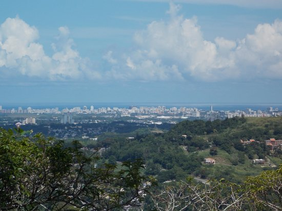 Guaynabo, Puerto Rico: View from Mirador