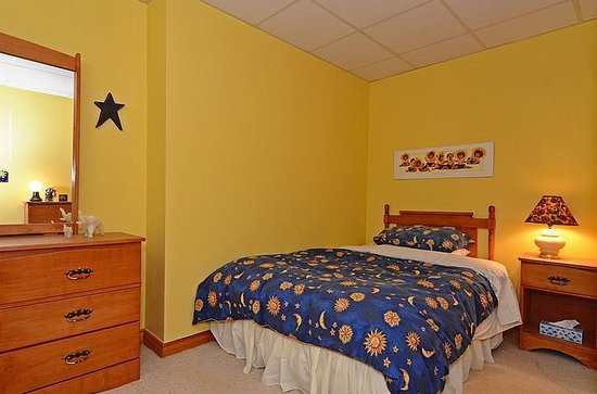 Lavender Cottage Bed & Breakfast: Family Suite (Double)