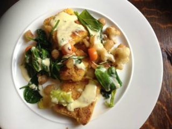 The Inn at Grinshill: Fried polenta with baby onions and spinach puree