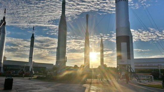 Gray Line Orlando : rocket garden
