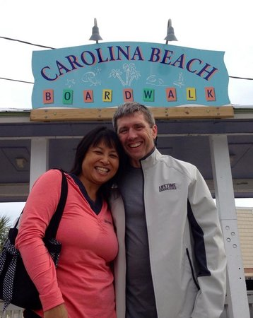 Beacon House Inn Bed & Breakfast: The Carolina Beach boardwalk