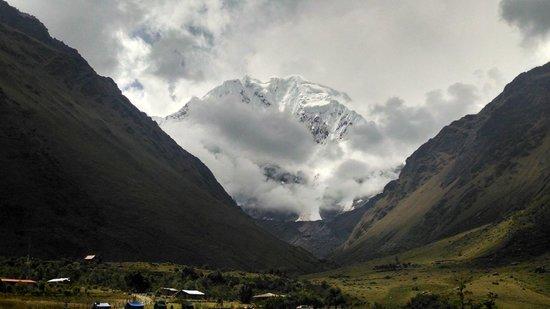 Tierras Vivas: Salkantay Trek Peru