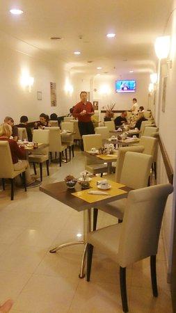 Saint Paul Hotel : breakfast room