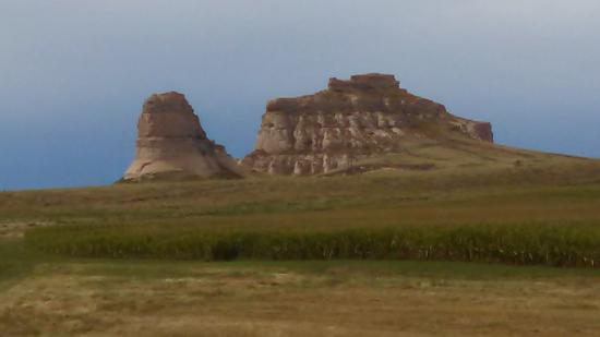 Courthouse and Jail Rocks: photo of the two monuments
