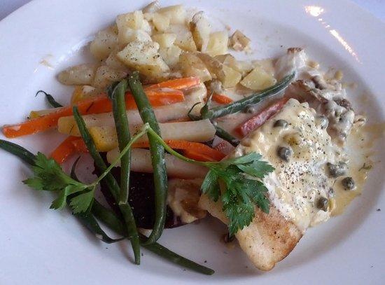 Elizabeth's Chalet Restaurants : Great Seafood Entrées