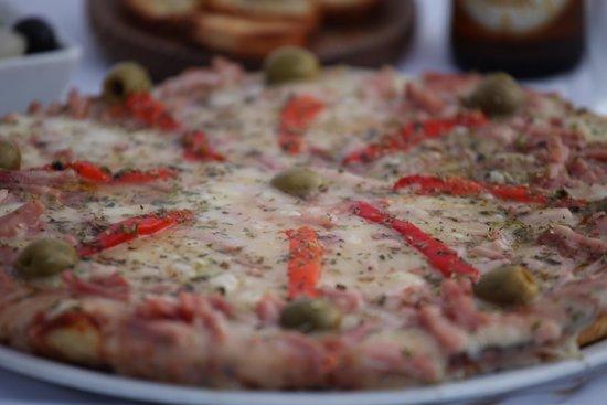 La Frontera Pizza y Parrilla Argentina