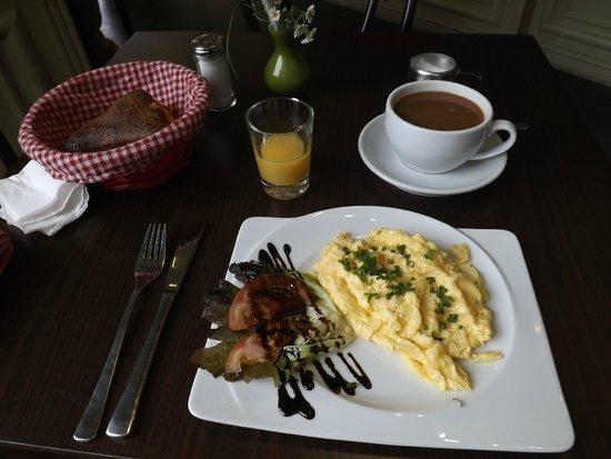 Cafe-Haus Koch Berlin: Berliner Breakfast
