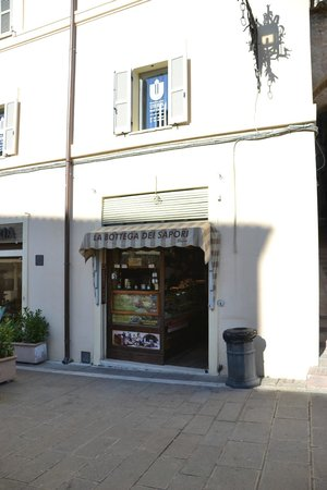 La Bottega Dei Sapori Slow Food Store