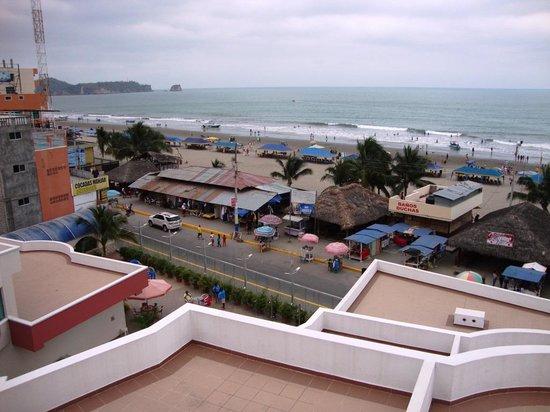 Hotel El Marqués: Vista del malecón desde las terrazas del hotel
