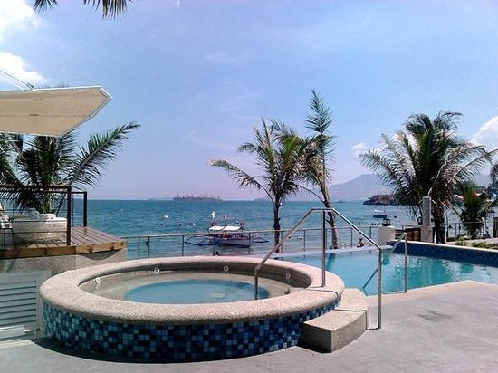 Pool Overlooking Subic Bay Picture Of Icove Beach Hotel Olongapo Tripadvisor