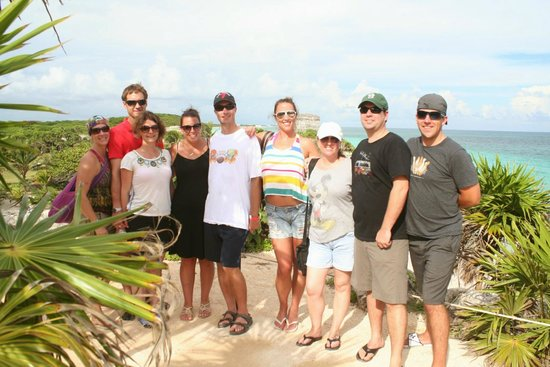 Cancun With Me Day Tours : The group of happy travellers at Tulum