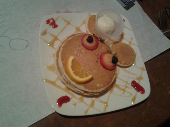 Salvatore's Cafe: Kid's pancakes
