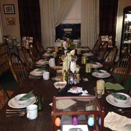 The Inn of the Patriots B & B : breakfast setting