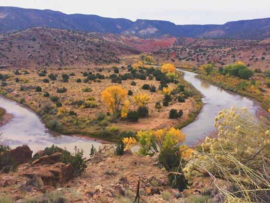 Santa Fe Walkabouts: beautiful vista