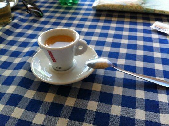 Los Platillos Voladores: Italian espresso