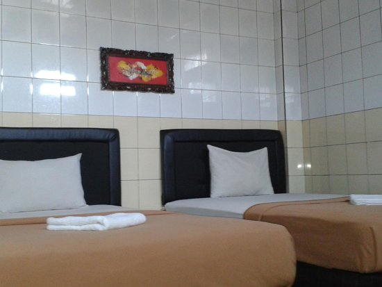 Gong Corner Guest House: twin  room