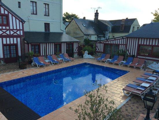 La chambre verte (François TRUFFAUT) - Photo de Hotel l ...