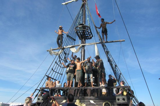 Photo de bateau pirate monastir - Photo de bateau pirate ...