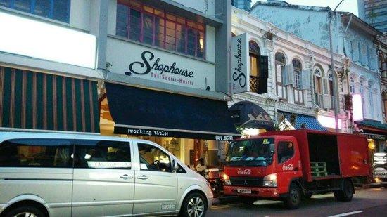 The Shophouse : Shophouse The Social Hostel