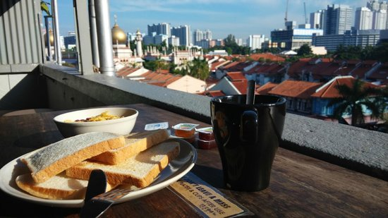The Shophouse: Breakfast at the Rooftop Lounge
