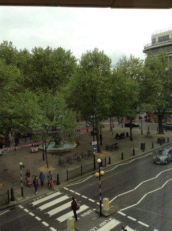 Sloane Square Hotel: view of sloane square