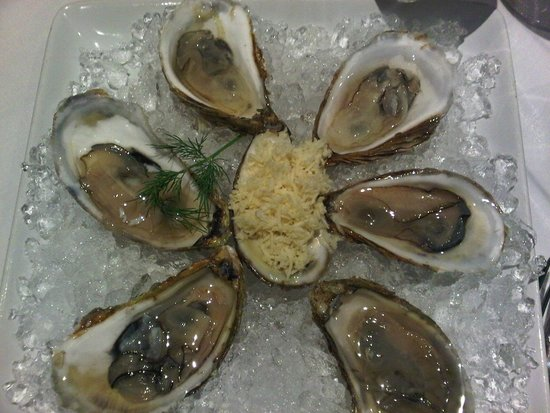 Lord Nelson's Seafood-Steak : Oysters with fresh horseradish