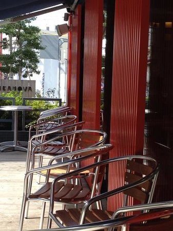 Itanova: outdoor seats