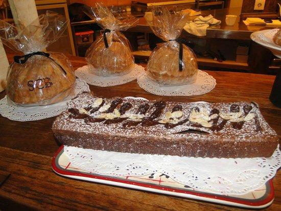 Little Tree Cafe: almond chocolate cake