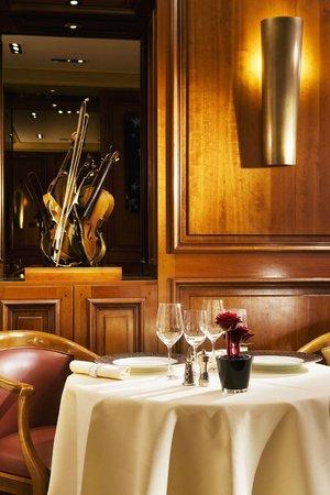 Maison rostang paris batignolles monceau restaurant for Restaurant michel rostang