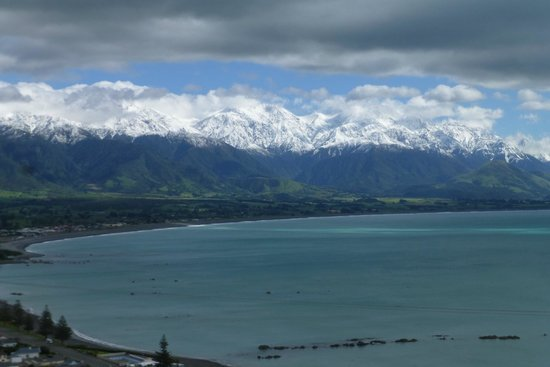 Bay-view Homestay Kaikoura: Fantastic views of the Seaward Kaikoura Range