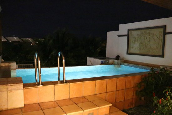 Private swimming pool picture of grand lexis port for Garden pool grand lexis