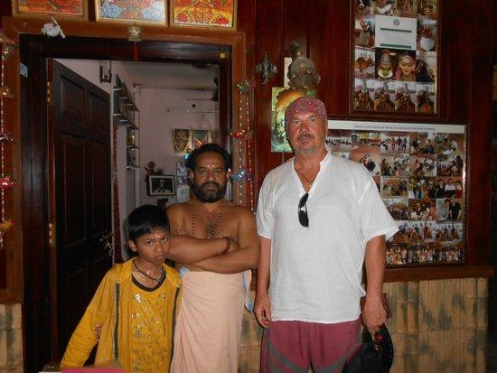 Kathakali: Фото с руководителем театра Катакали