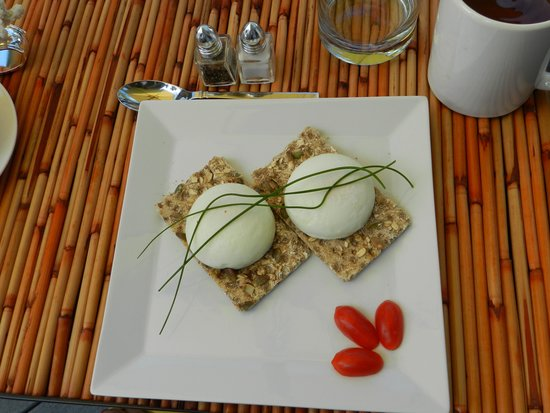Ohi'a Park Estate: Poached eggs