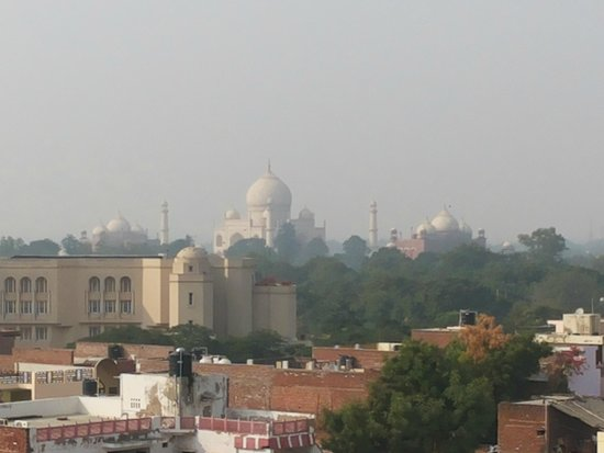 Hotel Mumtaz Mahal: On a clear day you can see forever.