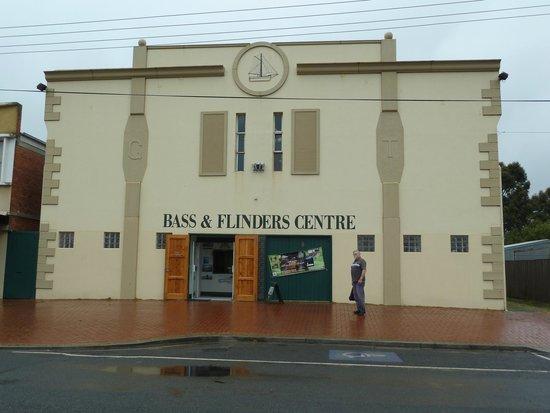Bass & Flinders Centre: Streetfront