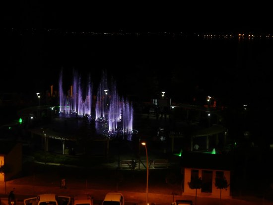 View of the fountain show fromthe Cafe Park Teras