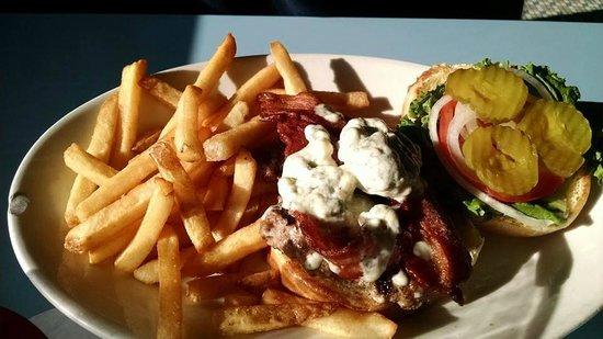 Madison Diner: Bacon and Bleu Cheese Burger