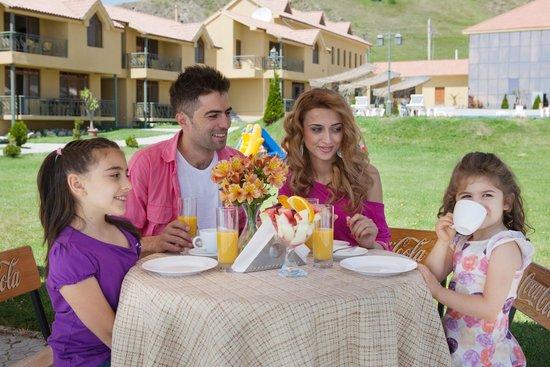 Best Western Bohemian Resort: --